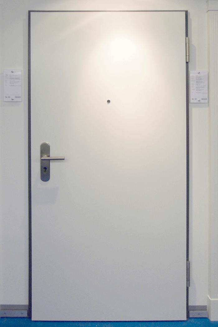 Wohnungseingangstür weiß  türwerk ... Design, das aufgeht - Spezial - Tür Nr. 55
